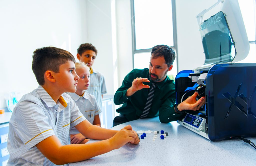 Example of Design and Technology technical stream education at South View School in Dubai with children being taught 3D printing