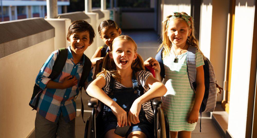 Schüler mit Entschlossenheit und SENDEN haben nun das Recht, sich an Privatschulen in Dubai zu bewerben und erwarten, akzeptiert zu werden. Die Eltern werden nun in Dubai durch die volle Kraft des Gesetzes geschützt, so dass die Top-Schulen in Dubai nicht in der Lage sind, Lippen zu spielen, um inklusiv zu sein.