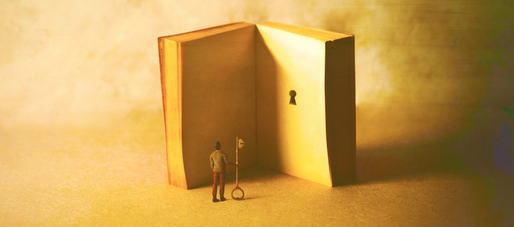 المنح الدراسية والمنح الدراسية في دبي وأبو ظبي - صورة مختلطة.