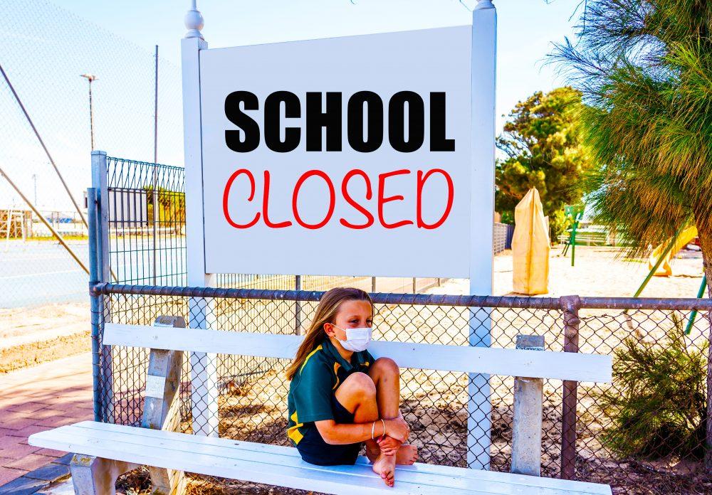 يجب على الآباء دفع الرسوم إذا كانت المدارس ستبقى على قيد الحياة خارج حدود 19. وتتحدث د. ناتاشا ريدج ، مؤسسة القاسمي.