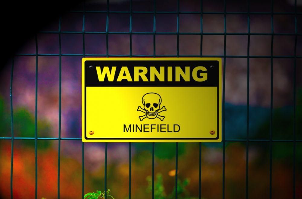 Ang pagpili ng A 'Mga Antas o BTEC na mag-aaral sa Ikaanim na Porma ay isang minefield. Nagbibigay kami ng payo para sa mga magulang.