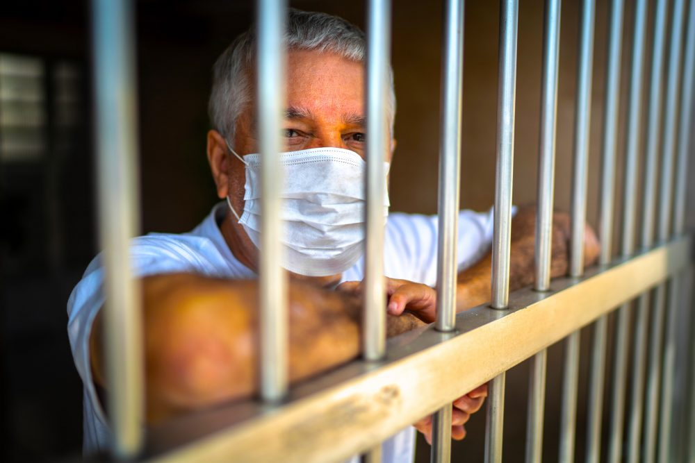 10 Jahre Gefängnis für Reisende aus den VAE, die versuchen, illegal aus dem Drittland nach Großbritannien einzureisen.