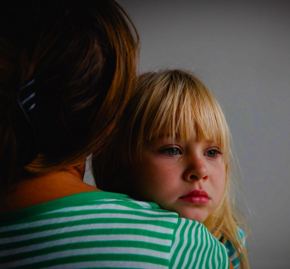 Ein Leitfaden zum Umgang mit Trauer und Verlust während Covid 19 für Eltern und Kinder.