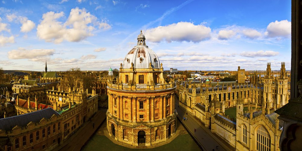 from Dubai to the University of Oxford by Jessica Cullen. A Guide to Applying to University.