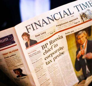 Foto des Financial Times Broadsheet FT London Lehrstellen, Praktika, Praktika